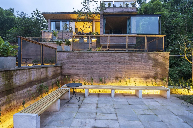 重庆独立住宅刘家山舍,位于群山环绕的四合院的倒座1.jpg