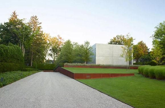 伯明翰居住区景观,将传统设计元素在私家园林中做了重新诠释.jpg